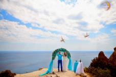 Выездная регистрация брака в Крыму. Ведущий на выездную церемонию в Крыму